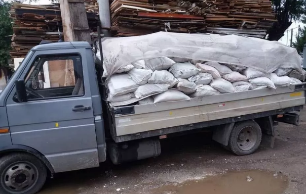 Transport gunoi vrac sau la sac